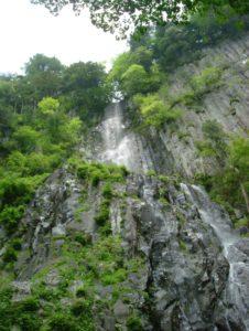 青垂滝(雄滝)
