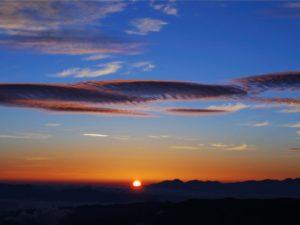 大黒岳から見た日の出