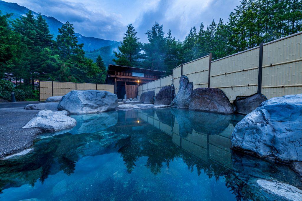 栃尾温泉_荒神の湯