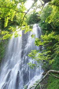 五色ヶ原の森 久手御越滝