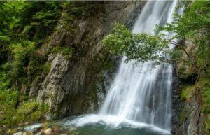 丹生川町 銚子の滝